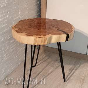 efektowne stoły stolik drewniany z żywicy