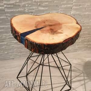 beżowe stoły żywica stolik drewniany z żywicy