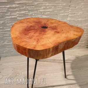 stolik stoły brązowe drewniany z żywicy