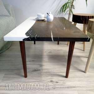 białe stoły żywica epoksydowa stolik kawowy z czarnego dębu