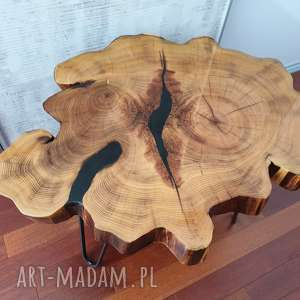 beżowe stoły stolik z plastra drewna