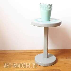 ręcznie wykonane stoły stolik mały drewniany. a właściwie to bardziej