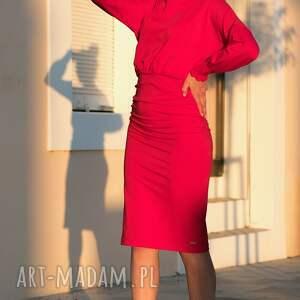 sukienki długi-rękaw sukienka olówkowa z luźną górą i