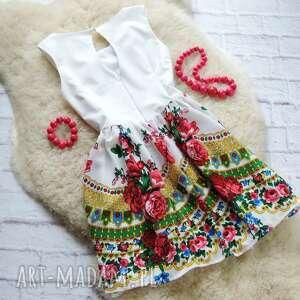 białe sukienki sukienka biała z góralskim wzorem