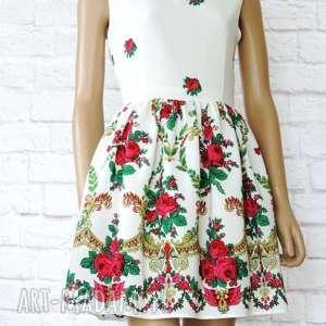 gustowne sukienki sukienka biała góralska folk