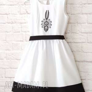 sukienki sukienka biała folkowa z parzenicą
