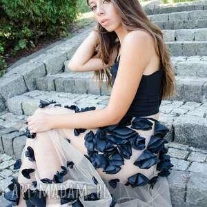 przezroczysta sukienki czarna długa sukienka z kwiatowym