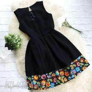 łowicz sukienki czarna folkowa sukienka
