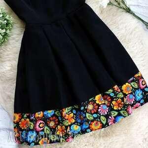 unikatowe sukienki sukienka czarna folkowa