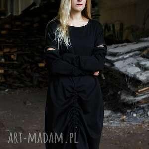 wyraziste sukienki tuba czarna prosta sukienk z zamkami