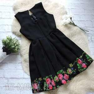 czarne sukienki sukienka czarna z kontrafałdami