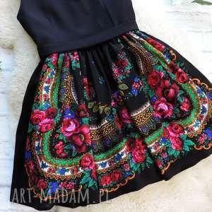 niebanalne sukienki sukienka czarna folk z góralskiej