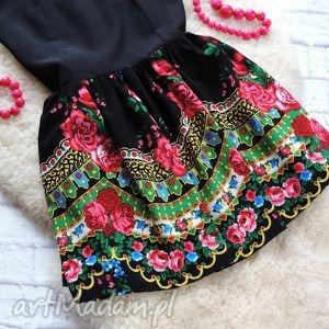 gustowne sukienki sukienka czarna z góralskim wzorem