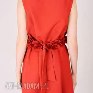 nietuzinkowe sukienki wesele czerwona sukienka ze zdobieniem