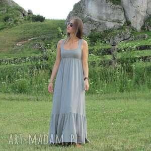 awangardowe sukienki sukienka długa dzianinowa