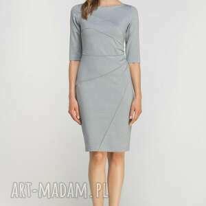 efektowne sukienki casual dopasowana sukienka z przeszyciami