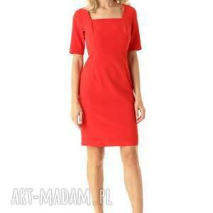 nietuzinkowe sukienki elegancka sukienka dopasowana z kwadratowym