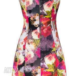 sukienki 32 - dzianinowa sukienka w kwiatki