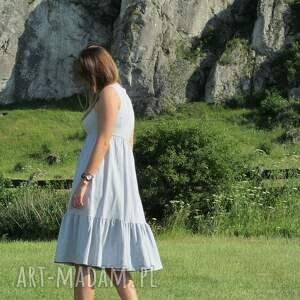 Dzianinowa sukienka z falbaną, midi - falbana bawełna