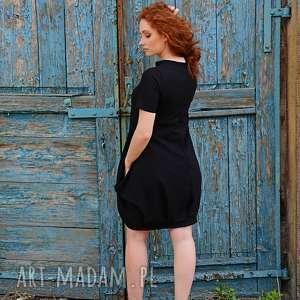 szeroka sukienki elegancka bombka na lato