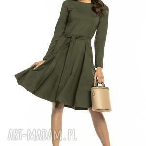 atrakcyjne sukienki elegancka rozkloszowana sukienka