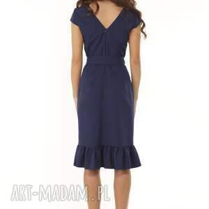 koktajlowa sukienka sukienki elegancka z falbaną z boku