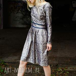 święta upominki srebrne elegancka żakardowa sukienka