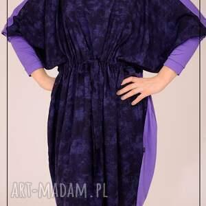 intrygujące sukienki kimono fioletowo granatowa sukienka