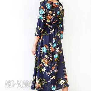 atrakcyjne sukienki sukienka granatowa w kwiaty
