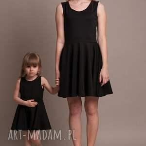 czarne sukienki kate komplet