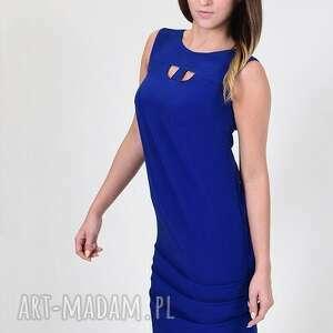sukienki woda kobaltowa sukienka z wodą w tyle