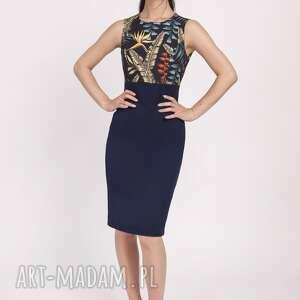 sukienki sukienka wzór liście kobieca o klasycznym kroju