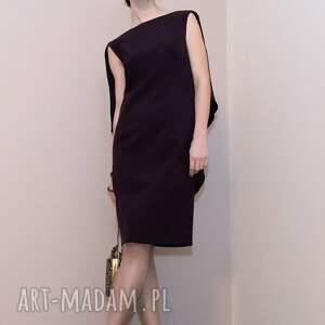 sukienki falbany koktajlowa sukienka / fioletowa -