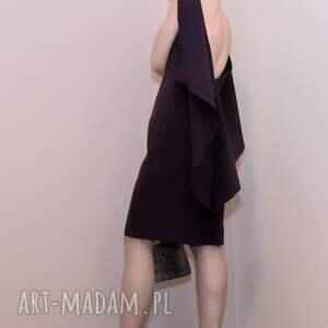 nietuzinkowe sukienki sukienka-z-falbaną koktajlowa sukienka / fioletowa -
