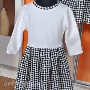 białe sukienki pepitka komplet sukienek w pepitke dla mamy