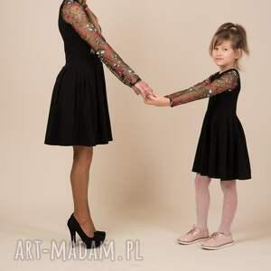 haft sukienki czarne komplet sukienek emily