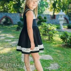 niebanalne sukienki komplet sukienek bella black- dla