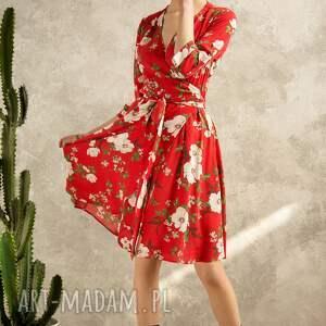 czerwone sukienki sukienka kopertowa w kwiaty