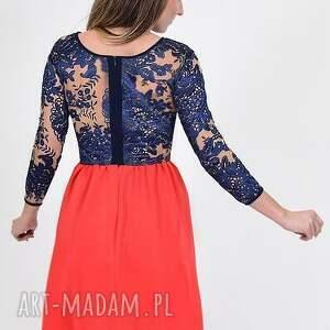 sukienki czerwień koralowa sukienka z koronkowymi