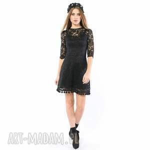 sukienki koronkowa kot w butach - sukienka