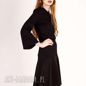 sukienki dzwonek mała czarna sukienka z rękawem