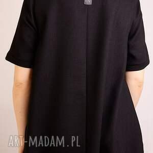 sukienki elegancka mała czarna z wełny