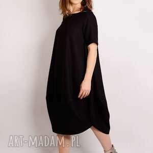 elegancka sukienki mała czarna z wełny