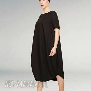 unikalne sukienki mała czarna sukienka fason oversize
