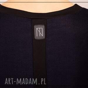 nietuzinkowe sukienki przecena minimalistyczna sukienka oversize
