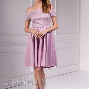 różowe sukienki moda sukienka cyntia