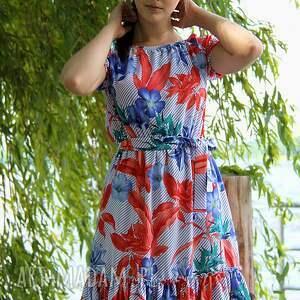 sukienki sukienka-w-kwiaty sukienka marita w tropikalny wzór