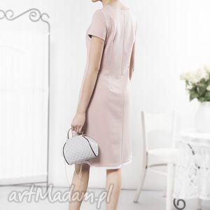 sukienki pudrowa prosta sukienka z haftowaną