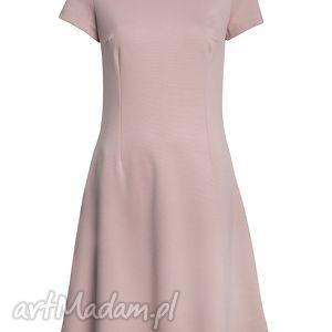 pudrowa sukienki prosta sukienka z haftowaną