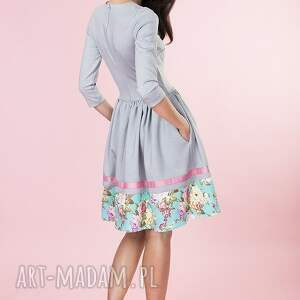szare sukienki sukienka rozkloszowana kwiaty